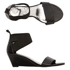 Basics Brand Women's Renqi Sandals